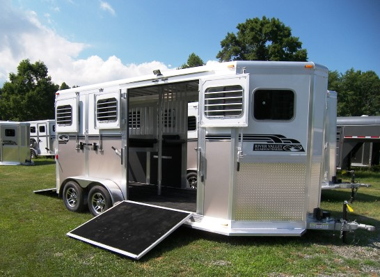 river valley horse trailers